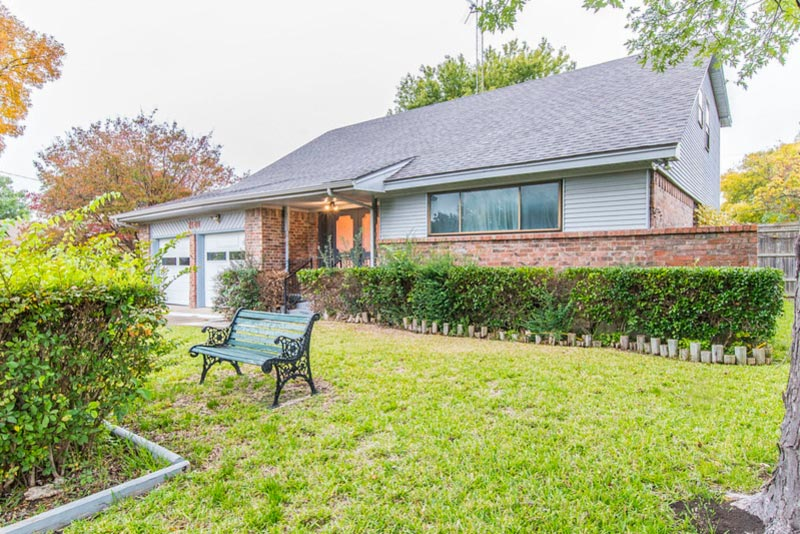 We buy houses in Mesquite TX - sell your house fast